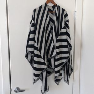 Lulu lemon  shawl wrap